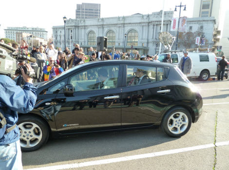 first nissan leaf