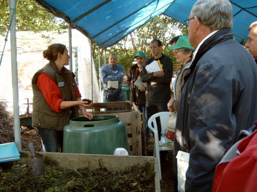 VLACO demonstrates composting practices