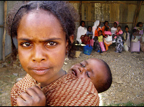 hungry women and children in ethiopia