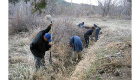 cleaning of the acequia that irrigates Sol Feliz farm