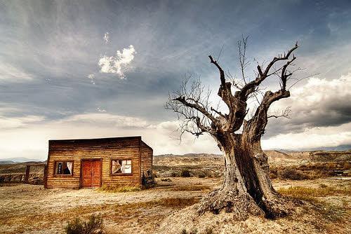 deserted house in desert