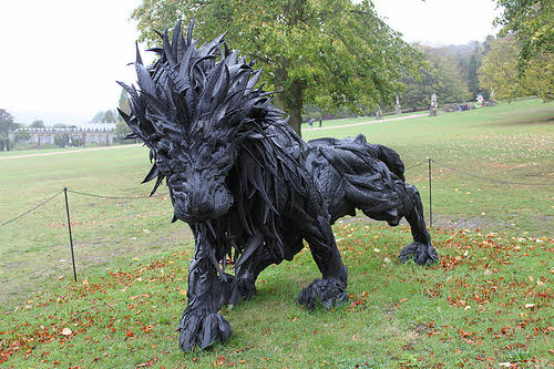 yong ho ji recycled tire sculpture