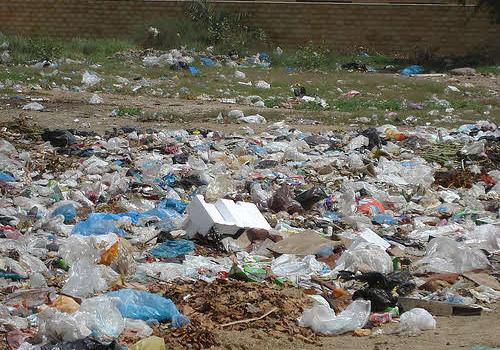 plastic shopping bags litter karachi