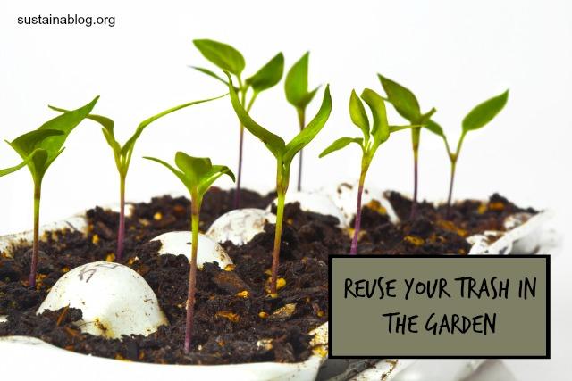 Maneras creativas de reciclar en el jardín - recicladores de hierba artificial